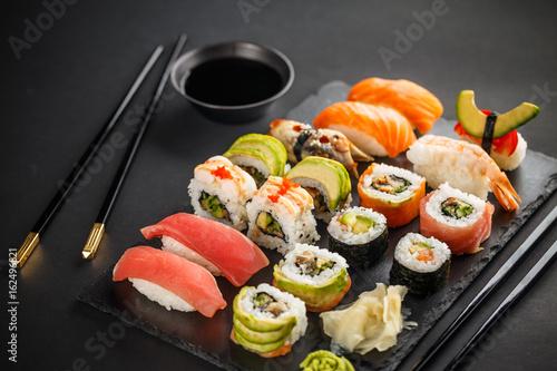 Poster Sushi bar Fresh sushi plate