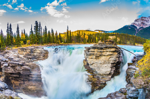 Fototapeten Wasserfalle The waters of Athabasca