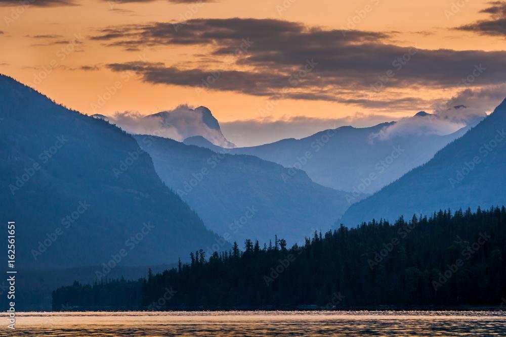 Fototapety, obrazy: Dawn over Lake McDonald
