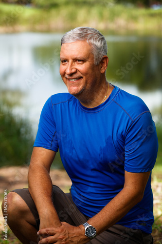 Photo  Handsome man outdoors