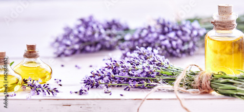 Photo  Panorama banner of lavender and essential oil