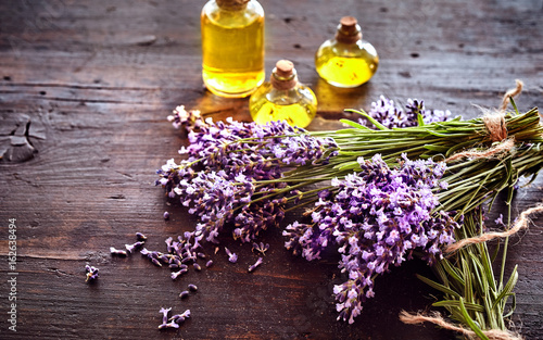 Bunches of fresh lavender with essential oil Canvas-taulu