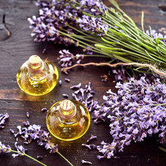 Panel Szklany Lawenda Freshly harvested lavender with essential oil