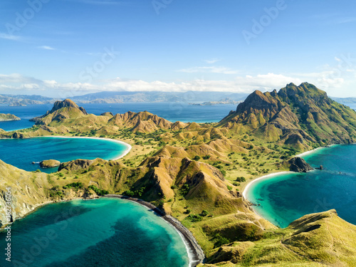 Papiers peints Ile Aerial view of Pulau Padar island in between Komodo and Rinca Islands near Labuan Bajo in Indonesia.