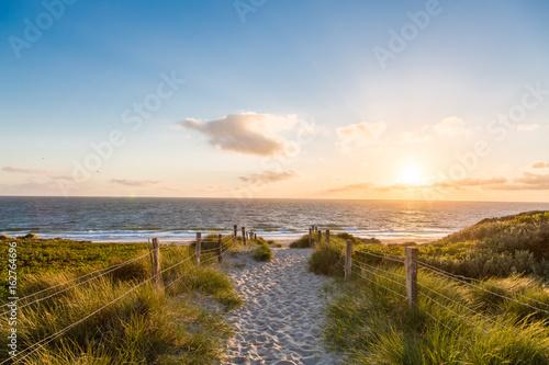 Foto auf AluDibond Nordsee Der Weg zum Meer