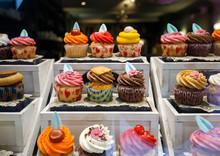 Beautiful Vibrant Cupcakes See...