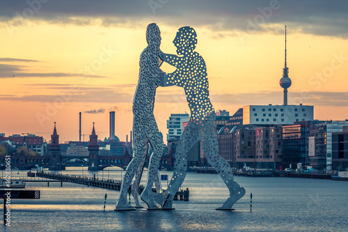Berlin, Molecule Men Canvas Print