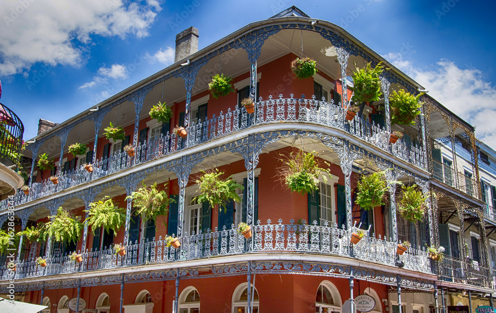 Fototapety, obrazy: Old Building with Balconies in New Orleans