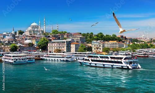Cadres-photo bureau Turquie Boats in Istanbul
