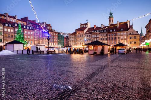 Foto op Plexiglas Kiev Evening at Old Town Market Square in Warsaw, Poland