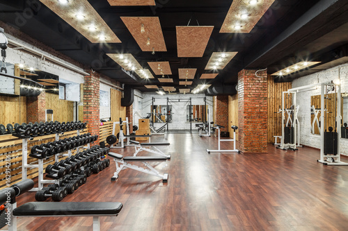 Spoed Foto op Canvas Fitness Interior view of a gym with equipment.