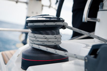 Sailing Boat Winch With Rope C...