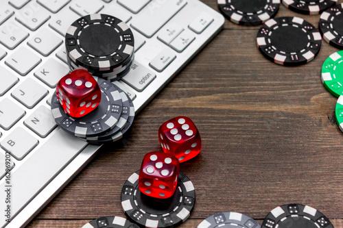 Online poker плакат