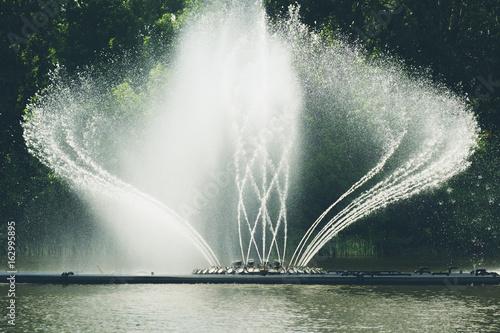 Fotografie, Obraz fountain in the city park