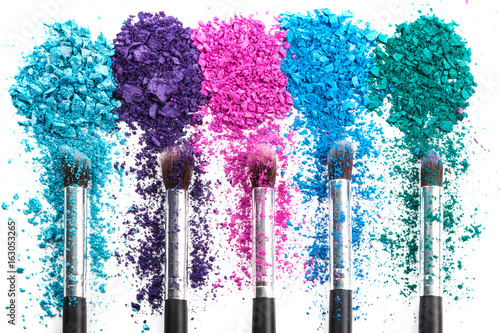 Crushed eyeshadows and make-up brushes Poster Mural XXL
