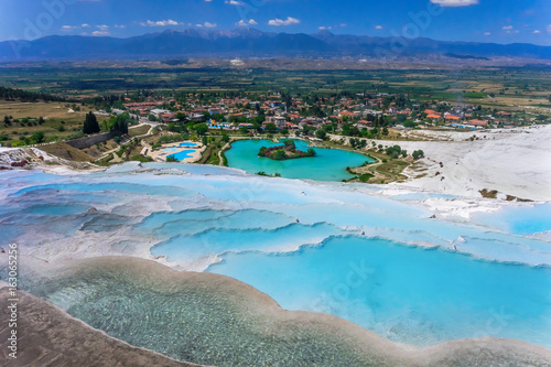 Foto op Aluminium Turkije View of the calcareous minerals in Pamukkale