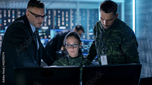 Fotografia Government Surveillance Agency and Military Joint Operation