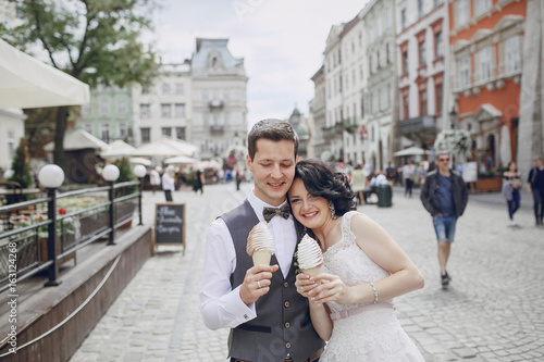 Fototapeta Royal wedding in the old town obraz na płótnie