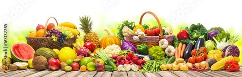 Foto op Plexiglas Groenten Vegetables and fruits background