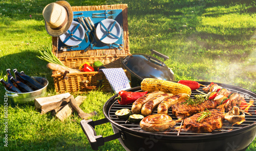 Aluminium Prints Grill / Barbecue Barbecue picnic