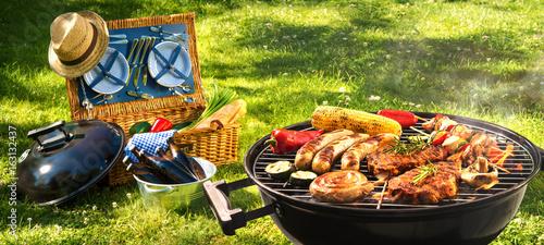 In de dag Grill / Barbecue Barbecue picnic