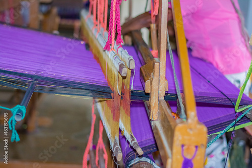 Fotografie, Obraz  Traditional Sri Lankan handloom and batik product manufacturing workshop