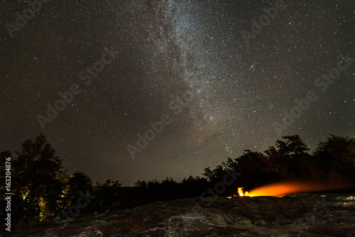 фотографія  starry night over fire