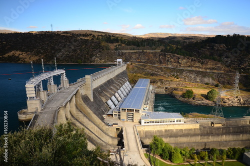 Photo sur Toile Barrage Water power plant in New Zealand