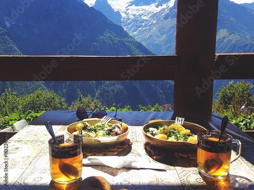 Fotografie, Obraz  обед в горах