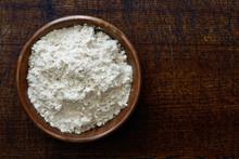 Fine White Flour In Dark Woode...