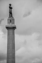 Statue Of Robert E Lee In New ...