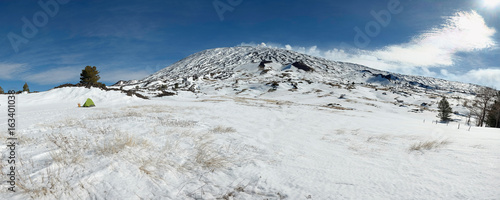 Fényképezés  Wild Camp In Snowy Etna Park, Sicily