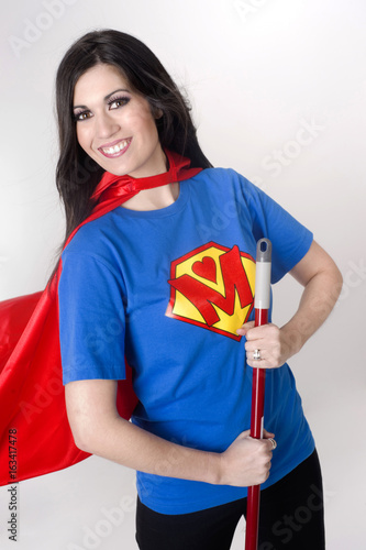 Fotografering  Super Mom Sweep up Dirt Superhero Mother Real Life Hero