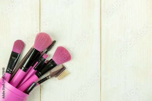 kosmetyki-do-makijazu-i-akcesoria-z-kopia