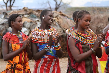 Traditionelle Samburu Frauen in Kenia