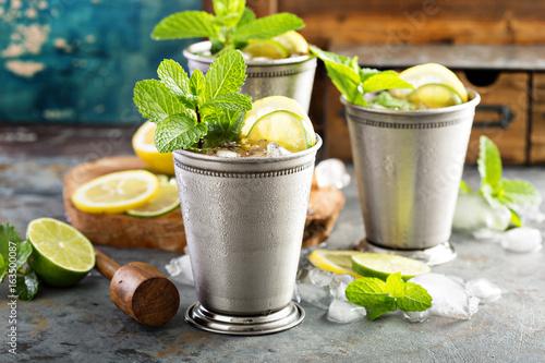 Valokuva  Classic mint julep cocktail