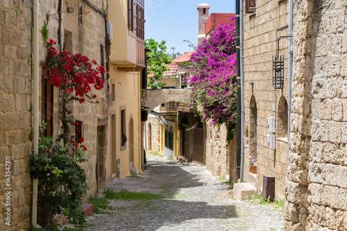 ulica-w-starym-miescie-rhodes-grecja