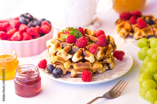 belgium-waffles-with-raspberries