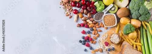 Fotografia  Selection of healthy rich fiber sources vegan food for cooking