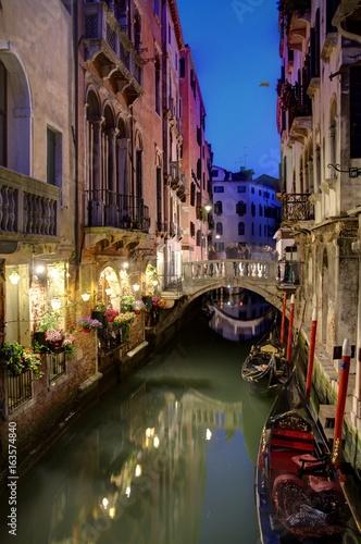 Fototapeta Gondola on Venice Canal