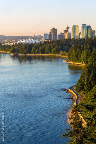 Fotografia, Obraz  Seawall along Stanley Park in Vancouver BC in Canada