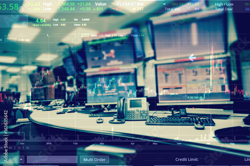 Fotomural Double exposure of business stock trading room with computer and graph for Busin