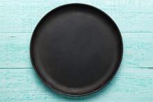 Empty Cast-iron Pan