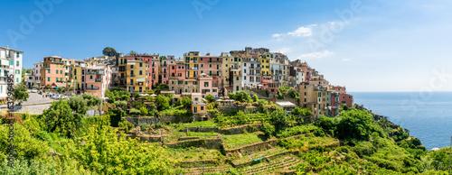 Foto auf Gartenposter Ligurien Malerisches Dorf von Corniglia, Cinque Terre, Italien