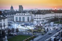 Place Anatole France, Ville De Tours, Vue Sur La Basilique Saint-Martin