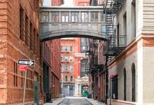 Hidden Alley Scene On Staple Street In The Historic Tribeca Area Of Manhattan, New York City