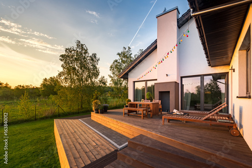 Fényképezés Modern house with patio