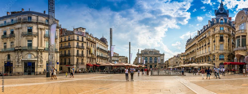 Fototapeta Place de la Comédie à Montpellier, Hérault, Languedoc en Occitanie, France