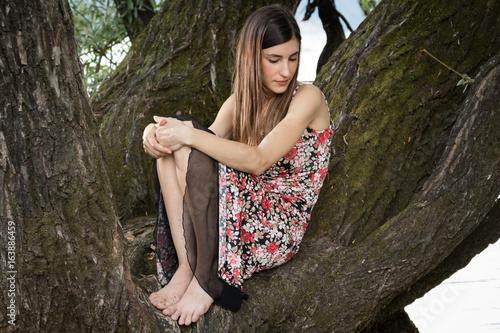 La ragazza sull'albero