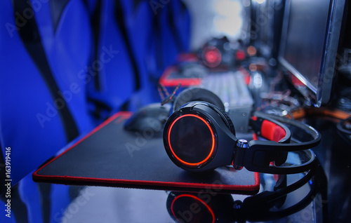 headphone use for gaming computer online background ,esports concept Tablou Canvas